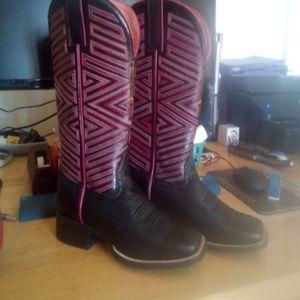 NWT Ariat Roper Boots sz 7.5